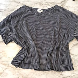 old navy |medium navy box top